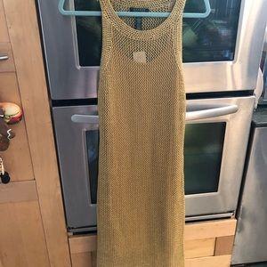 Women's beautiful gold dress size M NWT